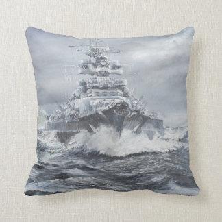 Bismarck de la costa 1900hrs 23rdMay de Cojín