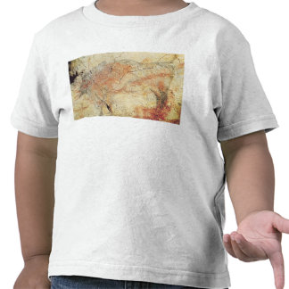 Bison, from the Caves at Altamira, c.15000 BC Tshirt