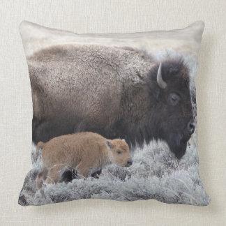 Bisonte de la vaca y del becerro, Yellowstone 2 Cojín