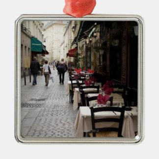 Bistros en París 2 Adorno Cuadrado Plateado
