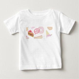 Bite me, Love cake Baby T-Shirt