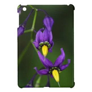 Bittersweet nightshade (Solanum dulcamara) iPad Mini Cases