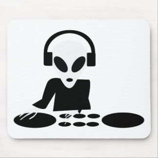 black alien turn tables dj icon mouse pad