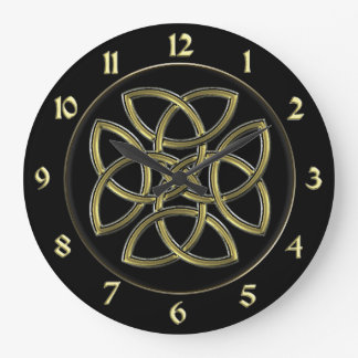 Black and Gold Celtic Dara Shield Knot Clock