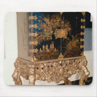 Black and gold lacquer cabinet mouse pad