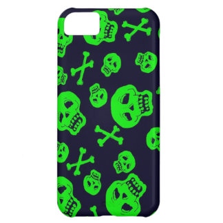 Black and Green Skulls case for iPhone 5