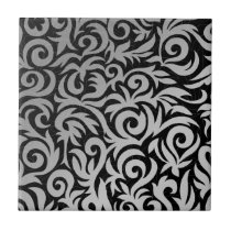 Black and silver flourish tile