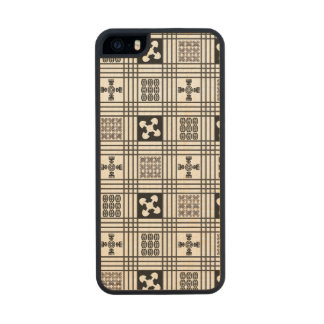 Black and White Adinkra pattern Carved® Maple iPhone 5 Case