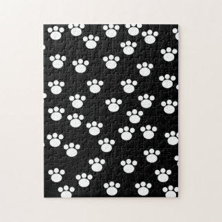 Black and White Animal Paw Print Pattern. Jigsaw Puzzles