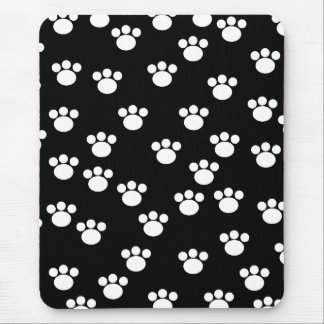 Black and White Animal Paw Print Pattern. Mouse Pad