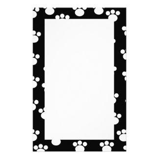 Black and White Animal Paw Print Pattern. Stationery