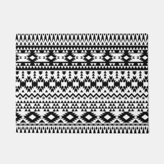 Black and White Aztec geometric vector pattern Doormat