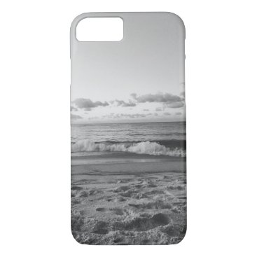 Beach Themed Black and White Beach View iPhone 7 Case