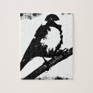 Black and White Bird Image Puzzle