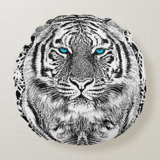 Black And White Blue Eyes Tiger stripes Round Pillow