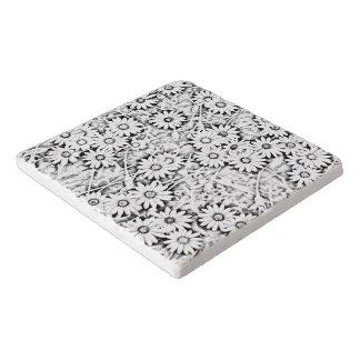 Black and White Cape Daisy Pattern Trivet