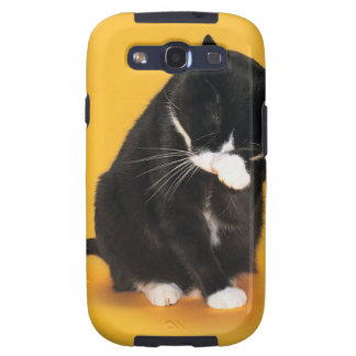 Black and White Cat cleaning face with paw Samsung Galaxy S3 Cases