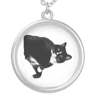 Black and White Cat Looking Up Cutout Round Pendant Necklace