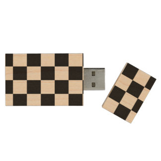 Black and White Checkered Pattern Wood Flash Drive