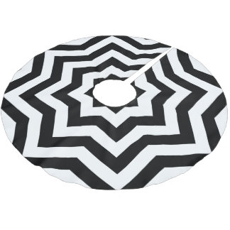 Black and White Chevron Brushed Polyester Tree Skirt