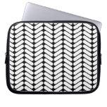 Black and White Chevron Pattern, Like Knitting. Laptop Computer Sleeve