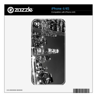 Black And White Cityscape 13 Skin For iPhone 4S