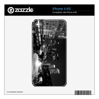 Black And White Cityscape 15 Skins For The iPhone 4
