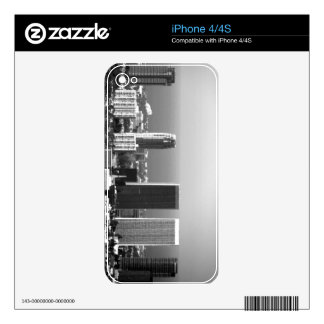 Black And White Cityscape 2 iPhone 4S Skin