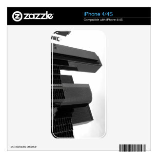 Black And White Cityscape 3 iPhone 4S Skin