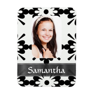 Black and white daisy pattern rectangle magnets