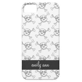 Black and White Doodle Skulls Pattern iPhone SE/5/5s Case