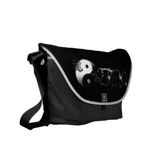 Black and White Dragon with Yin Yang Commuter Bags