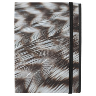 Black and White Feathers in Detail iPad Pro Case
