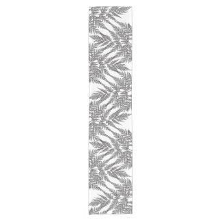Black and White Fern Zigzag Pattern