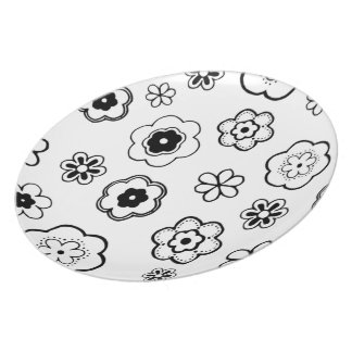 Black And White Floral Party Plates