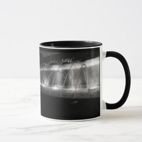 Black and White fountain mug