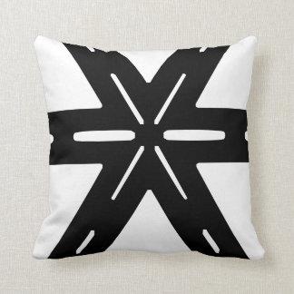 Black and White Geometric Pillow. Throw Pillow