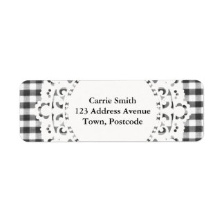 Black and white gingham pattern label