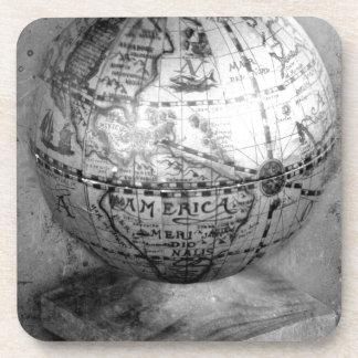 Black and white globe coaster