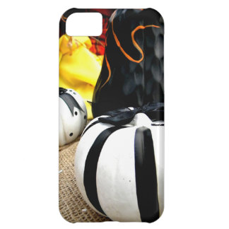 Black and White Harvest Cover For iPhone 5C