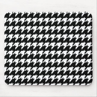 Black and white houndstooth mouse pad