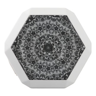 BLACK AND WHITE KALEIDOSCOPIC GEOMETRIC MANDALA WHITE BLUETOOTH SPEAKER