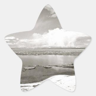BLACK AND WHITE LAKE VIEW STAR STICKER