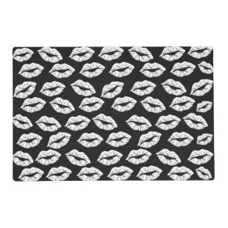 black and white lips kisses xoxo pattern placemat
