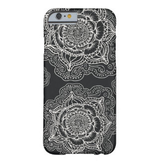 Black and White Mandala Pattern Barely There iPhone 6 Case