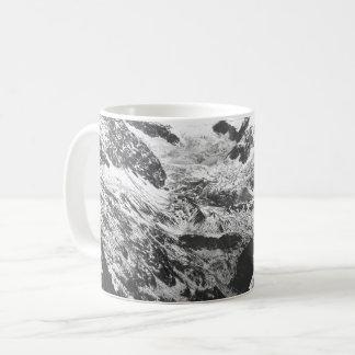 Black and White Marble Pattern Mug