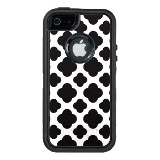 Black and White Moroccan Pattern OtterBox Defender iPhone Case