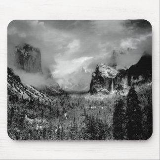 Black and white mountains mouse pad