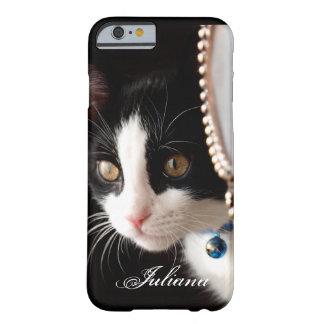Black and White Peek a Boo Cat iPhone 6 case
