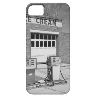Black and white photo iPhone 5 cases